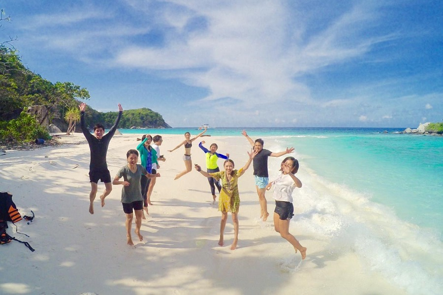 Maithon + Coral + Raya Islands Deluxe Tour by Speed Boat